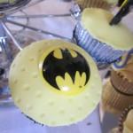 batman_sign_cup_cakes