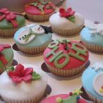 christmas_present_cupcakes