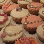 girls_rings_and_necklaces_cup_cakes