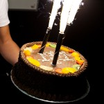 ice_fountains_birthday_cake_decorations_sparkler_candle