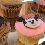 mini_mouse_cup_cakes