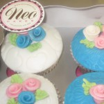 mixed_roses_cup_cakes