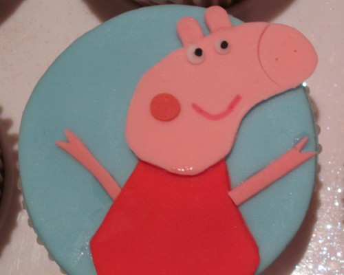 peppa_pig_and_friends_cup_cakes