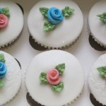 rose_cup_cakes